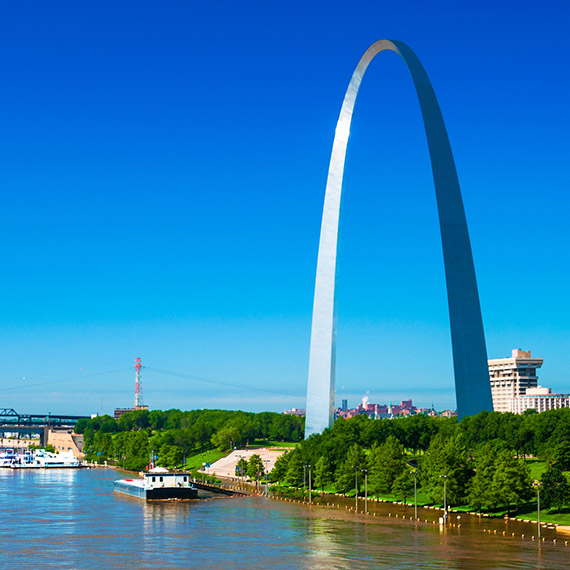 Stay Steps from the Best St. Louis Attractions